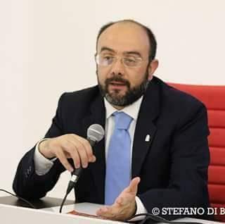 """Mozione consiliare di FDI contro il """"ceta"""" in tutti i comuni della Puglia. De Luca: si, a collaborazione esterna."""