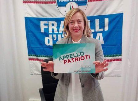"""Verso Trieste. Giorgia Meloni """"Appello ai Patrioti"""". De Luca: """"Presenti con la nostra Terza Via""""."""