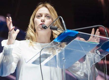 Giorgia Meloni annulla gli appuntamenti in Puglia e rientra a Roma.