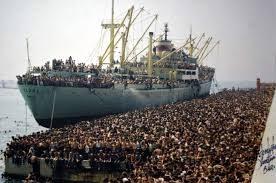 Degli albanesi, degli africani e dei futuri flussi migranti. Non si combattono gli effetti, ma le cause scatenanti.